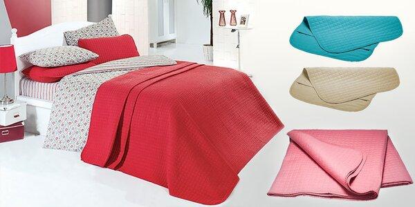 Hoďte ložnici do parády: Povlečení, povlaky na polštářky a přehozy na postel