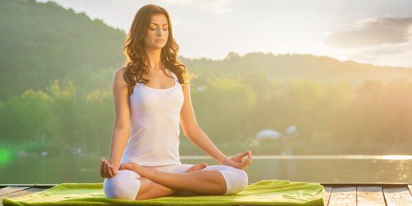 1 nebo 3 lekce jógy v srdci Vinohrad