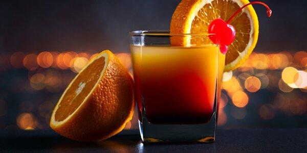 Léto ve sklenkách: 2 koktejly ve stylovém baru