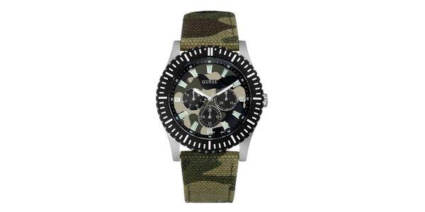 Pánské maskáčové analogové hodinky Guess