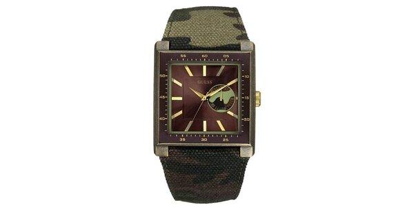 Pánské analogové hodinky s maskáčovým páskem Guess