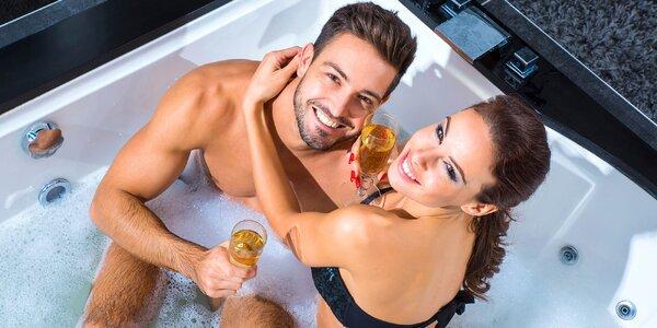 Relax ve vířivce a sauně: 90 minut jen vy dva