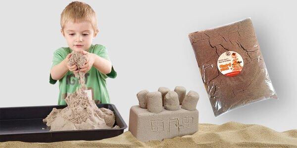 Kinetický písek: revoluční hračka pro děti i dospěláky