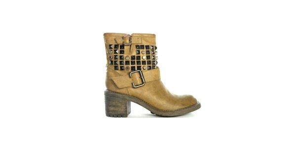 Dámské pískové nízké kozačky s cvočky a přezkami Shoes in the City