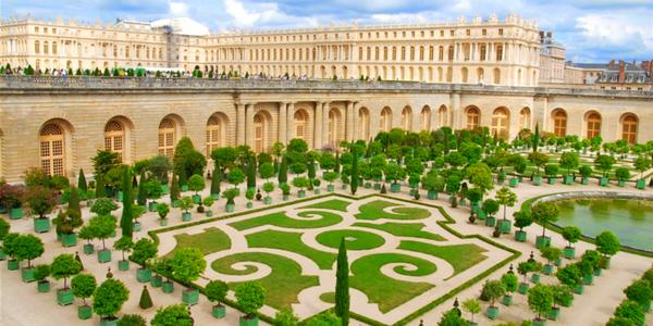 Velikonoce v Paříži s návštěvou Versailles