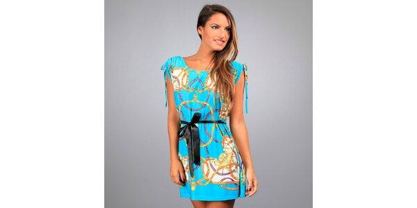 Dámské tyrkysové šaty Des Si Belles s jezdeckým motivem