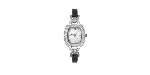 Dámské náramkové hodinky Tommy Hilfiger s černým řemínkem