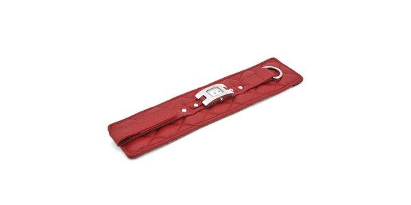 Dámské náramkové hodinky Tommy Hilfiger s širokým červeným prošívaným řemínkem