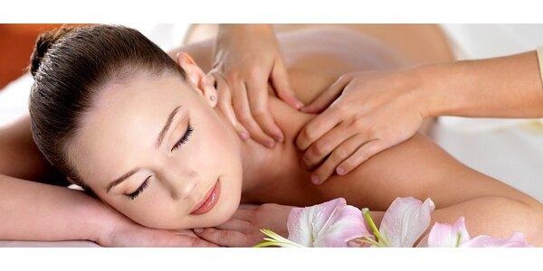 Pivní nebo růžová masáž s peelingem – možnost nakombinovat jako masáž…