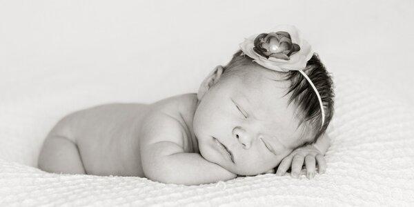 10–15 kouzelných newborn fotek vašeho miminka