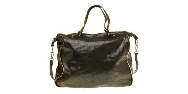 Dámská černá kožená kabelka s žíhaným povrchem