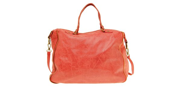 Dámská korálová kožená kabelka s žíhaným povrchem