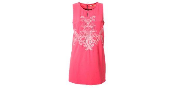 Dámské růžové šaty Kzell s bílou výšivkou a barevným zipem
