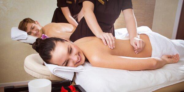 60minutová uvolňující párová masáž s nápojem