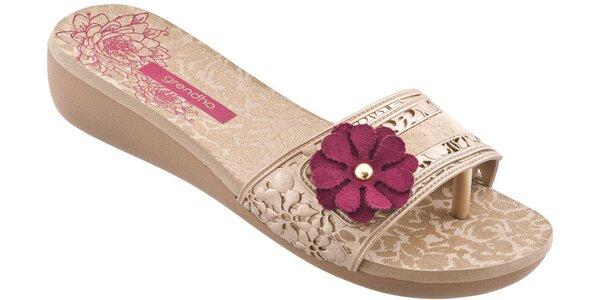 Dámské zlaté pantofle Grendha s kytičkou