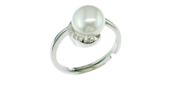 Stříbrný prsten Orchira s bílou perlou