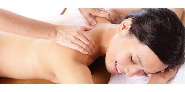 Uvolňující rehabilitační masáž zad a šíje