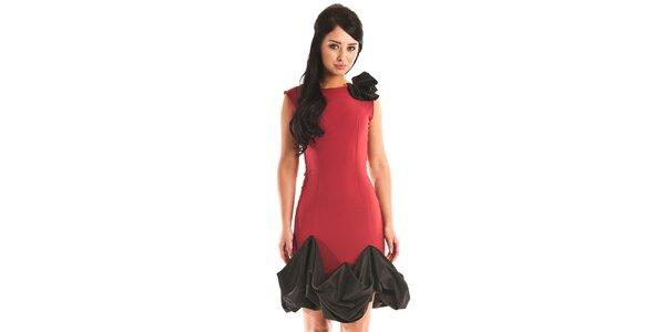 Dámské temně červené společenské šaty Jolaby s černým volánem