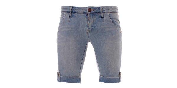 Dámské světle modré harémové džíny Ruby Blue. Nabídka skončila 3. 10. 2014.  Skončila. Dámské strečové džínové kraťasy Lee Copper 92706c7da8