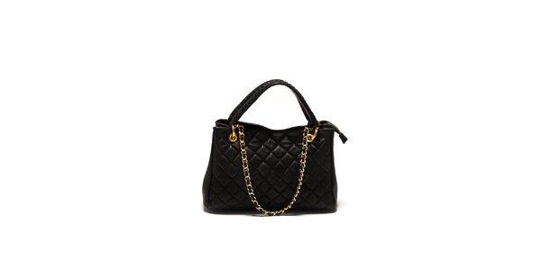 Dámská černá prošívaná kabelka Sonia Ricci se zlatým řetízkem