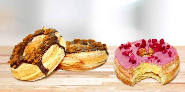 Ochutnejte crodonut - donut a croissant v jednom