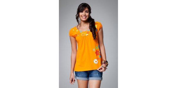 Dámské oranžové tričko Como Una Regadera s kytičkami