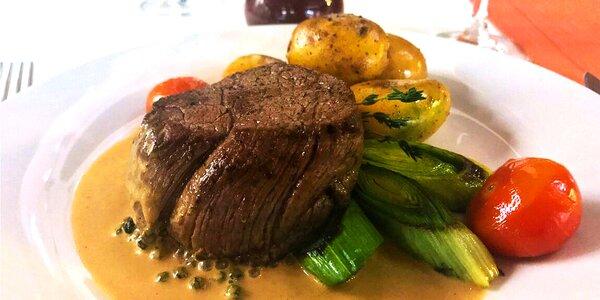 Hovězí pfeffer steak s přílohou a dezertem pro 2