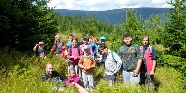 Letní dětský tábor v horské chatě v Jeseníkách