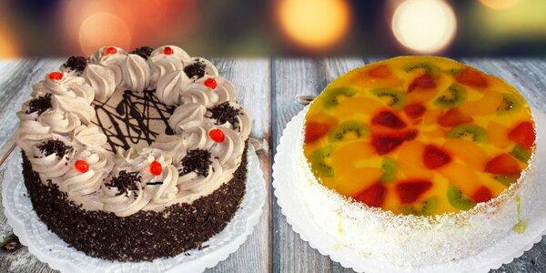 Ovocný nebo čokoládový dort