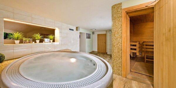 Hodinová koupel v privátní vířivce pro 2 až 4