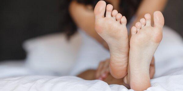 Pedikúra ošetřující plísně na nohou a nehtech