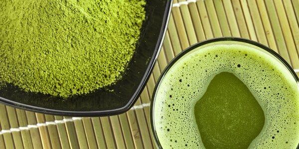 Tradiční nápoj samurajů: Mletý zelený čaj matcha i v ovocných příchutích