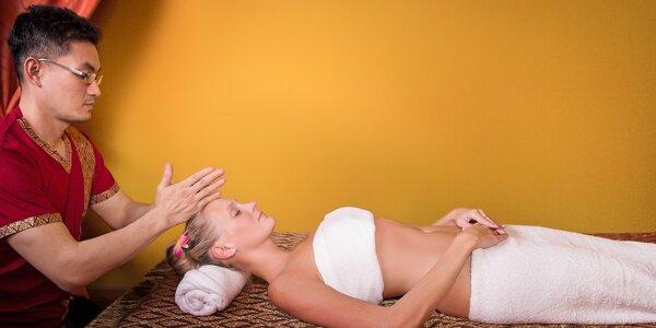 Olejová masáž od maséra z Thajska v salonu Ban Thai