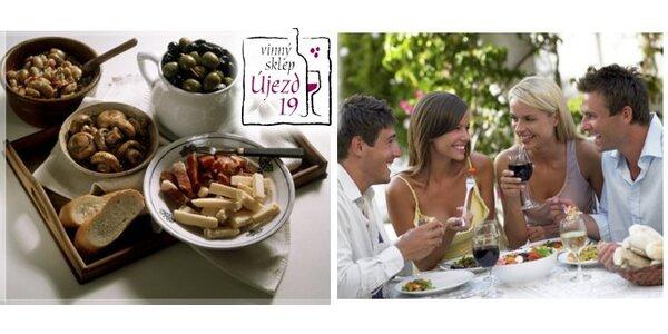 249 Kč za výborné španělské tapas pro dva a dvě sklenky vína ve vinárně Újezd!