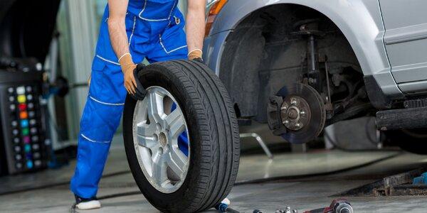 Přehození nebo přezutí kol včetně kontroly vozu