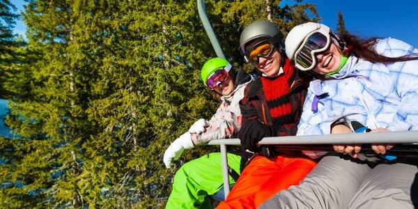 Šumava pro dva lyžaře, cyklisty i pěší turisty