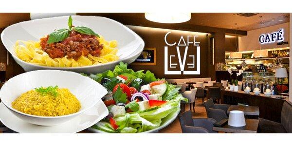 2× domácí těstoviny, rizoto či salát v Café Level