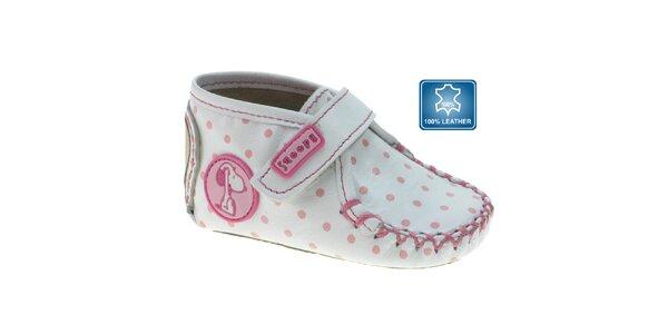 Bílé kojenecké capáčky Beppi s růžovými puntíky