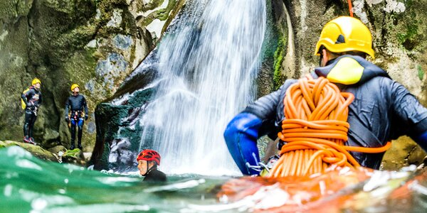 Canyoning: Zdolejte 3 kaňony během víkendu