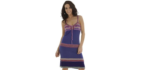 Dámské fialové šaty s háčkovanými detaily Peace & Love