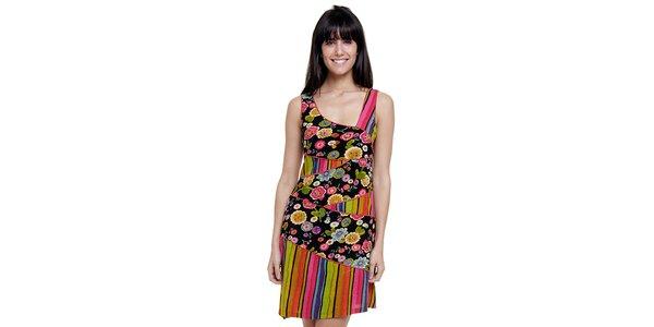 Dámské barevné pruhované šaty Peace&Love s černou květinovou légou