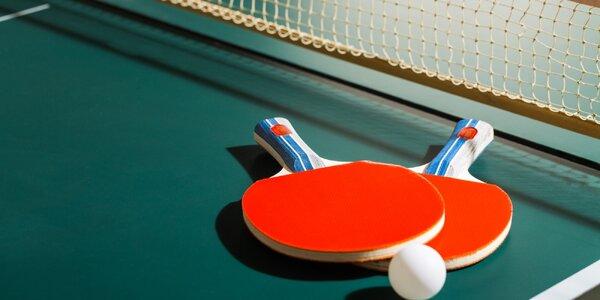 Stolní tenis: 1 nebo 2 hodiny včetně výbavy