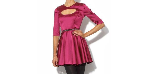 Elegantní šaty v lesklé růžové barvě Bourne