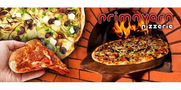99 Kč za DVĚ vynikající pizzy s loupanými rajčaty, sýrem a dalšími dobrotami.