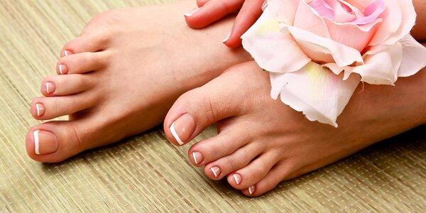 Kompletní pedikúra pro krásné nohy i s lakováním