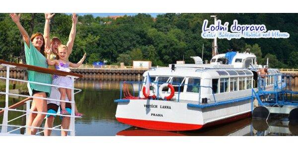 Letní projížďka lodí po Vltavě na trase ČB - Hluboká a zpět