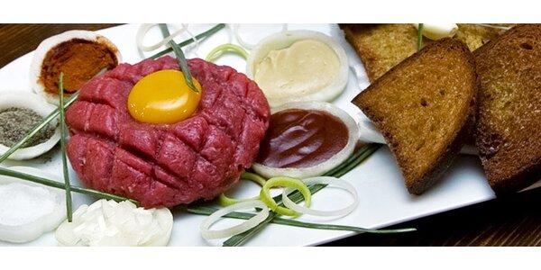 0,5kg tatarský biftek z hovězí svíčkové s topinkami a oblohou