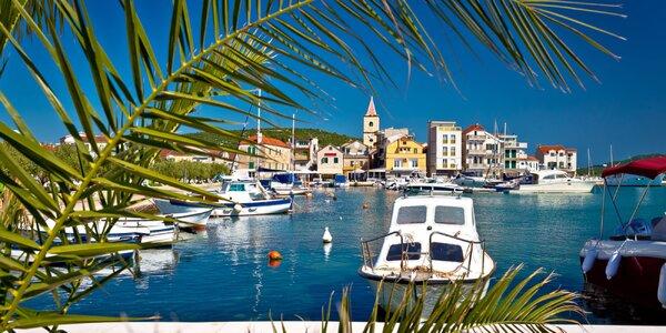 Pobyt v chorvatském Pirovacu: doprava a polopenze