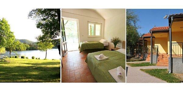 Týdenní dovolená v bungalovu na Slapech pro 3 osoby včetně POLOPENZE