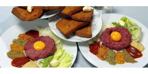 99 Kč za DVĚ porce vynikajícího tatarského bifteku s dvanácti topinkami!